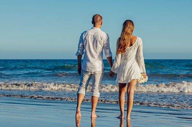 Un rendez-vous sur la plage.