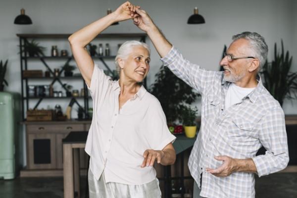 conseils pour rencontrer quelqu'un après 50 ans